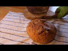 Kváskový chléb bez hnětení: pouhých 5 minut práce | Recept online - YouTube Baked Potato, New Recipes, Potatoes, Bread, Baking, Ethnic Recipes, Food, Humor, Youtube
