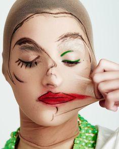 art fotografia Two-faced beauty schonmagazine - art Beauty Photography, Creative Photography, Portrait Photography, Fashion Photography, Makeup Inspo, Makeup Art, Makeup Ideas, Face Art, Body Art