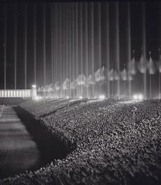 Nazi rally in the Cathedral of Light c. 1937 via reddit http://ift.tt/2BibVoj