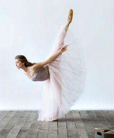 Elena Lobsanova, national Ballet of Canada -