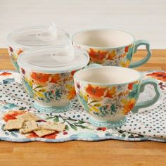 The Pioneer Woman Willow Coffee Tea Cups Mugs with Lid Set of 4 Pioneer Woman Dishes, Pioneer Woman Kitchen, Pioneer Woman Recipes, Pioneer Women, Tapas, Cocina Shabby Chic, Minnie Mouse Mug, Heat Resistant Glass, Flower Tea