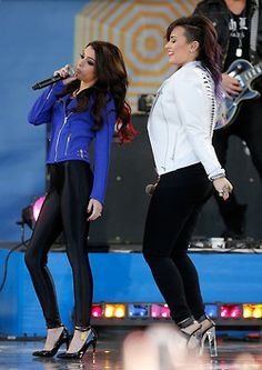 Demi Lovato performing at Good Morning America 2014