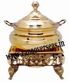 Brass Chafing Dish Brass Chafing Dishes manufactured, supplied and exported by us are used for dining purposes in leading restaurants, hotels, caterers, banquet halls, parties and functions and other eating outlets. Brass Chafing Dishes are also ideal gift items. An extensive range of our Brass Chafing Dishes includes superior quality Decorative Brass Chafing Dishes that are fabricated from supreme quality metals.  Mirror Finish, Corrosion resistant, Easy to clean and Perfect finish.