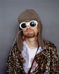 Kurt Cobain photographed by Jesse Frohman in 1993