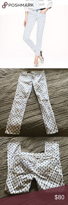 J Crew blue thistle print toothpick ankle jean Great condition, like new. See description in 4th pic. No rips or stains J. Crew Pants Ankle & Cropped