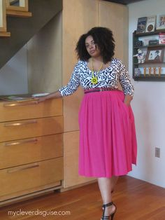 Yet another way....though this probably wouldn't work for me....LOOOOOOOVE this skirt though!
