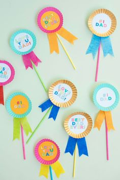 Father's Day Cupcake Toppers / Bonne fête des pères Kids Fathers Day Crafts, Fathers Day Art, Fathers Day Gifts, Diy Father's Day Crafts, Father's Day Diy, Paper Crafts, Yarn Crafts, Mason Jar Crafts, Mason Jar Diy