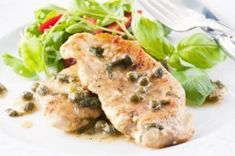 Chicken picatta served at Seasons of Ober Restaurant in Gatlinburg Canned Chicken, Lemon Chicken, Chicken Piccata, Pickle Relish, Places To Eat, Salsa, Curry, Favorite Recipes, Dishes