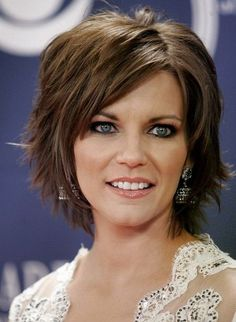 The Medium Length Messy and Tousled Choppy Short Layered Hairstyles 2017 with Side Swept Bangs