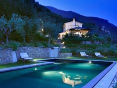 Newly renovated lone-standing Villa, 210 m², breath-taking pool, sea viewVacation Rental in Camaiore from homeaway