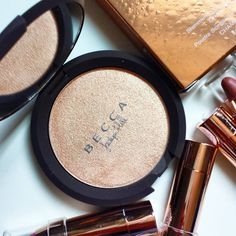 BECCA x Jaclyn Hill - Champagne Pop: My favorite highlighter!