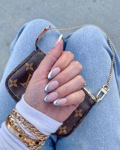 "Kristina Coelho on Instagram: ""💅🏼"" Makeup Is Life, Beauty Makeup, Leather, Jewelry, Instagram, Jewlery, Jewerly, Schmuck, Jewels"