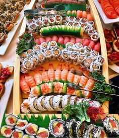 Make all your sushi fantasies come true with our sweet n spicy ! Credit to via Sushi anyone? Seafood Buffet, Seafood Platter, Sushi Recipes, Asian Recipes, Healthy Recipes, My Favorite Food, Favorite Recipes, Sweet N Spicy, Health Foods