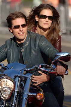 Katie Holmes (2005) Celebrity Couples, Celebrity Photos, Joey Potter, Jackie Kennedy, Katie Holmes, Celebs, Celebrities, Mens Sunglasses, June