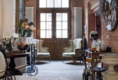 staggering vintage furniture ideas by LeoN in Retroterest. Read more: http://retroterest.com/pin/vintage-furniture-ideas/