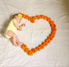 Monthly Baby Photos, Newborn Baby Photos, Baby Girl Photos, Baby Girl Newborn, New Baby Pictures, Cute Little Baby Girl, Newborn Baby Photography, Babies, Kids