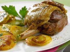 Confit de canard et pommes sarladaises