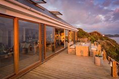 Tempest, luxury self-catering beach house for families in Whitsand Bay East Cornwall, Luxury holiday home Whitsand Bay, East Cornwall