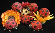 """It's a Ladybug Invasion!  Adorable Woven Ladybugs, completely handcrafted by Flo Hills of Flo From the Heart!  Measures 2.5"""" x 2"""" x 1"""".  $25.00 each. Ladybugs, Baskets, Miniatures, Halloween, Heart, Crafts, Basket, Crafting, Handmade Crafts"""