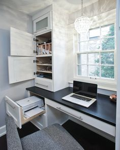 Best 24 Home Office Built In Cabinet Design Ideas to Maximize Small Space exampl. - Best 24 Home Office Built In Cabinet Design Ideas to Maximize Small Space exampl… Guest Room Office, Home Office Space, Home Office Desks, Office Decor, Home Office Cabinets, Office Cabinet Design, Kitchen Cabinets, Kitchen Desks, Kitchen Desk Areas
