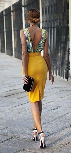 deep V back. pencil skirt. summer street style.