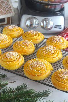 Lindas Bakskola Christmas Sweets, Christmas Things, Fika, Foodies, Waffles, Deserts, Bread, Breakfast, Recipes