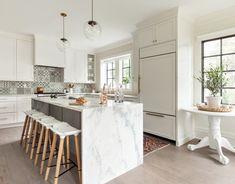 Birgitte Pearce Design Kitchen New York, Eat In Kitchen, Farmhouse Style Kitchen, Modern Farmhouse Kitchens, Beach Kitchens, Dutch Colonial Homes, Waterfall Countertop, White Interior Design, Transitional Kitchen