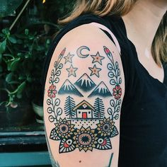 In the happy house - it never rains 🌻 Great Tattoos, Beautiful Tattoos, New Tattoos, Body Art Tattoos, Girl Tattoos, Hawk Tattoo, Tattoo You, Neo Traditional Tattoo, American Traditional