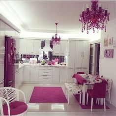Image about pink in Outside World - Inside Decor. Kitchen Room Design, Kitchen Colors, Home Decor Kitchen, Kitchen Interior, Pink Home Decor, Cute Kitchen, Cuisines Design, Eclectic Decor, Beautiful Kitchens