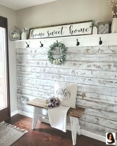 Gorgeous DIY Farmhouse Furniture and Decor Ideas For A Rustic Country Home – DIY & Crafts - Dekoration Ideen Home Diy, Farm House Living Room, Rustic House, Farmhouse Decor Living Room, Rustic Country Home, Living Decor, Diy Home Decor, Rustic Home Decor, Farmhouse Furniture