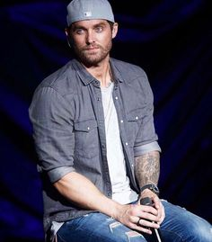 Country Music Artists, Country Music Stars, Country Singers, Cute Country Boys, Country Men, Nashville Star, Young Quotes, Country Bands, Chris Young