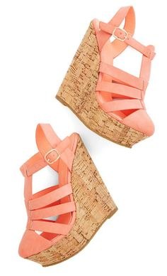 cute wedges for spring time  http://rstyle.me/n/gzhrzpdpe