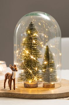 30 DIY Amazing Christmas lights increase the festive mood Christmas Globes, Diy Christmas Lights, Beautiful Christmas Decorations, Christmas Lanterns, Magical Christmas, Christmas Table Decorations, Decoration Table, Winter Christmas, Christmas Home
