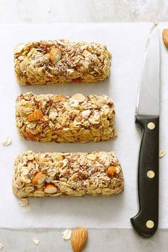 No-Bake Chewy Granola Bars With Almonds, Flax Seeds and Chia Seeds