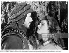 """Actress Brooke Shields and actor Lambert Wilson on set of the MGM movie""""Sahara"""" in Get premium, high resolution news photos at Getty Images Sahara Movie, Brooke Shields Blue Lagoon, Wilson Movie, Old Film Stars, Beloved Film, World Most Beautiful Woman, Beautiful People, Lights Camera Action, Urdu Poetry Romantic"""