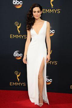 エミー ロッサムのウエディングドレスデザインはキャロリーナヘレラ