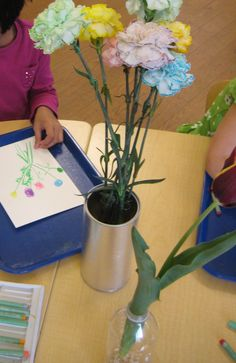 Drawing real flowers using oil pastels