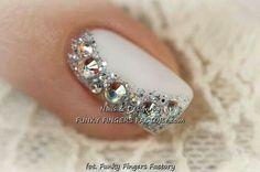 #Prettynails #weddingnails