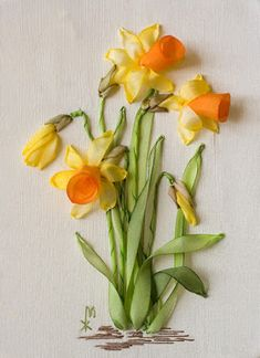 Silk Ribbon Embroidery, narcissus blossoms.
