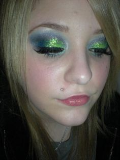 makeup!http://www.youtube.com/user/xcatherinesbombx?feature=mhee