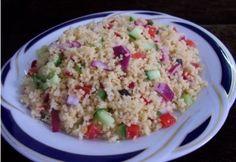 Kuszkusz saláta recept képpel. Hozzávalók és az elkészítés részletes leírása. A kuszkusz saláta elkészítési ideje: 17 perc Quiche Muffins, Fried Rice, Starters, Quinoa, Salad Recipes, Entrees, Salads, Vegetables, Cooking