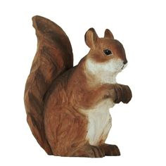 DecoAnimal is a series of life-like animals that are skilfully carved by hand from linden wood. The squirrel is painted with environmentally friendly paints. #squirrel #Eichhörnchen #ekorre #handcarved #wildlifegarden.info #wildlifegarden