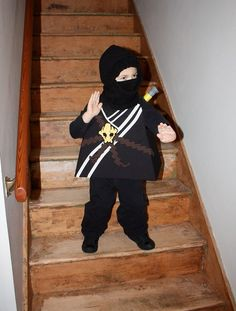 My Ninja fan will be all set this Halloween... found the perfect Cole Ninja homemade costume!