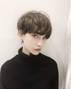 Cute Hairstyles For Short Hair, Girl Short Hair, Boy Hairstyles, Short Bob Hairstyles, Short Hair Cuts, Girls With Boy Haircuts, Shot Hair Styles, Long Hair Styles, Short Perm