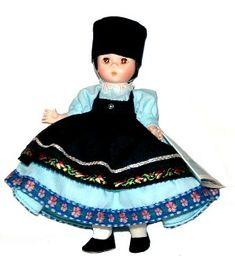 1975 Madame Alexander Rumania, Straight Leg. Marked: ALEX (Romania) Box # 586 Value and Details