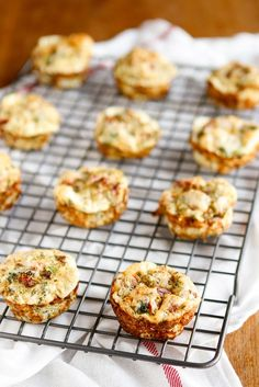 Muffin Tin Frittatas -- this muffin tin frittatas recipe is the perfect make ahead breakfast option to prepare for a busy week ahead!  Easily customize them with 3 cups of your fave veggies plus a little low fat cheese... Ingredients available at Walmart.