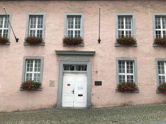 Town Hall, Garage Doors, Outdoor Decor, Home Decor, Homemade Home Decor, Decoration Home, Interior Decorating