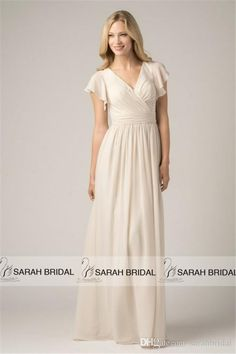 2015 Long Chiffon Beach Bridesmaid Dresses with Short Flutter Sleeves For  Modest Maid of Honors Hot af34ad77201f