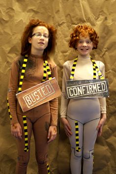 Kiera & Alannah as Buster and Buster 2.0 from the Mythbusters. #ThinkGeekoween