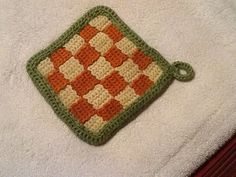 Checkerboard potholder... Free pattern!